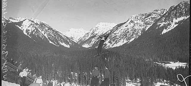 Milwaukee Ski Bowl, 1938-1950: Snoqualmie, Washington